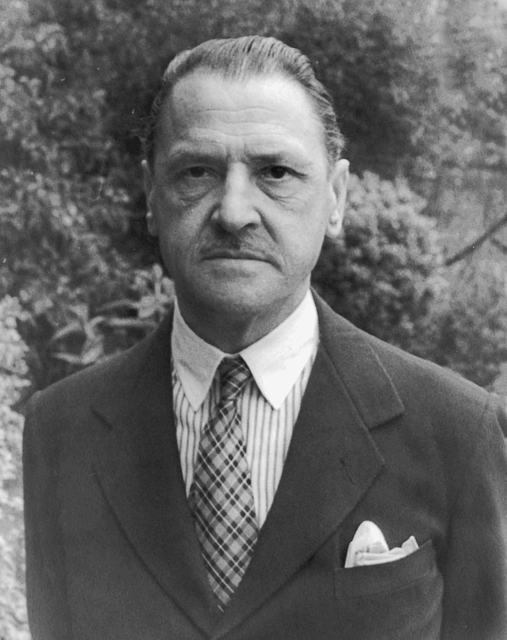 1. Somerset Maugham