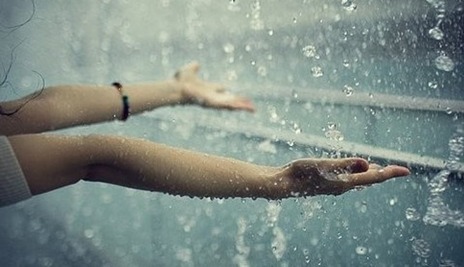Tình yêu trong cơn giông bão