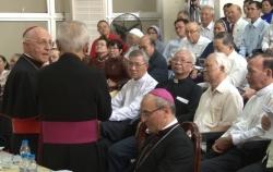 Đức Hồng y Filoni gặp gỡ Dân Chúa ở Sài Gòn