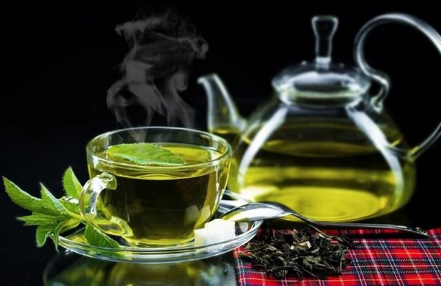 7 lợi ích sức khỏe không ngờ từ việc uống trà xanh mỗi ngày